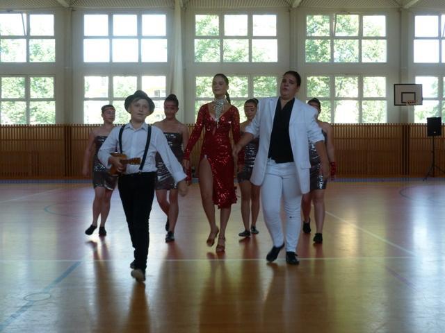 Závěrečná taneční soutěž tanečních kroužků, ZŠ Brušperk - soutěžní vystoupení FIREBALL